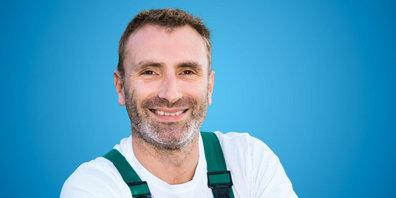 Peter Helbling, Landschaftsgärtner bei der Gemeinde, ist eines der Werbegesichter für die zweite Kampagne des VZGV.