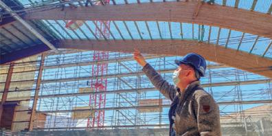 Stefan Tobler ist Projektleiter Hochbau bei der Uzwiler Gemeindeverwaltung. Er nimmt im Projekt gegenüber Architekten, Fachplanern und Unternehmen die Interessen der Gemeinde wahr.