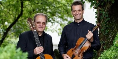 Han Jonkers (links) und Nicolas Corti (rechts) geben in der Krone Mosnang ein Konzert.