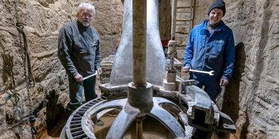 """Die Ausstellung """"Wasserkraft"""" im Museum Neuthal zeigt die intakt erhaltenen Anlagen mit Druckleitungen und Turbinen."""