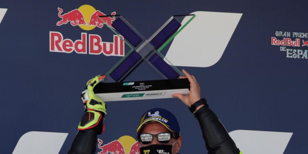Zufrieden mit dem 2. Platz: Dominique Aegerter darf noch immer auf den Gesamtsieg in der MotoE hoffen