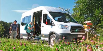 An sonnigen Wochenenden und Feiertagen bringt der Randenbus von Hemmental die Bevölkerung mitten ins Ausflugs- und Wandergebiet Randen.