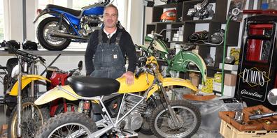 Sucht für seine Werkstatt und die Klassiker seiner Kundschaft neue Räumlichkeiten: Claudio Kümin, der in Reichenburg eine Werkstatt für klassische Fahrzeuge betreibt.