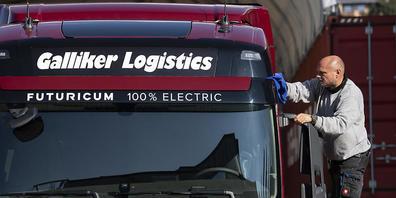In der Schweiz zeichnet sich - im Gegensatz zu Teilen im übrigen Europa - nach Ansicht des Logistikkonzerns Galliker keine Versorgungskrise wegen fehlender LKW-Fahrer ab. (Archivbild)
