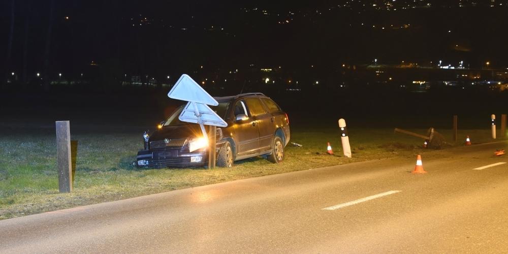 Am Auto entstand ein Totalschaden von rund 12'000 Franken.