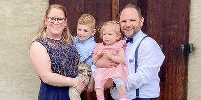 «Ohne meine Familie geht nichts», so Patrick Meier (r.). Gemeinsam mit seiner Frau Marina und seinen Kindern Ian und Cloe lebt er in Herblingen.