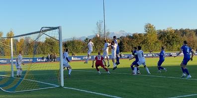 Heiss umkämpftes Derby bei idealen Bedingungen auf der Rüti. Der FC Uzwil 2 Serben konnte in der zweiten Halbzeit die Henauer Führung noch ausgleichen.