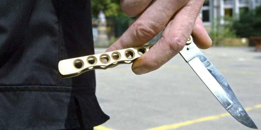 So ein Messer trug der junge Pole mit sich (Symbolbild)