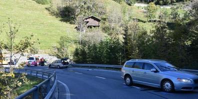 Auf der Strecke zwischen Chur und Arosa wurden am Montagvormittag fünf Personen bei einer Streifkollision verletzt.