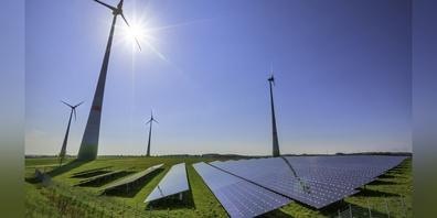 Die 42.6 kWp Photovoltaik-Anlage wurde kürzlich auf dem Dach des BWZ installiert.