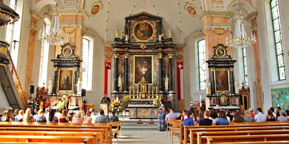 Vor zwei Jahren konnte die Firmung in der Kirche Kaltbrunn noch unbeschwert gefeiert werden.