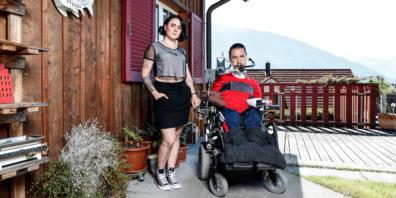 Um den alten Treppenlift im Elternhaus zu ersetzten benötigen Tanya und Ueli Beck rund 100'000 Franken.