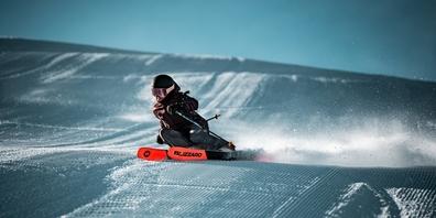 Mit dem Ski- & Snowboard-Center Neuhaus kommen Sie perfekt geschützt und gut vorbereitet durch den kommenden Winter.