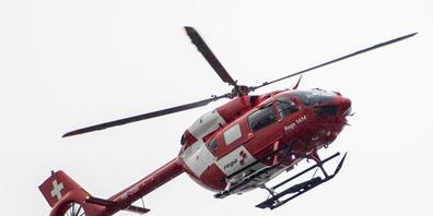 Die Strömung war zu stark: Ein Schwimmer musste mit einem Rega-Helikopter aus der Limmat gezogen werden.