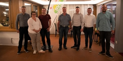 v.l.n.r: Peter Moos, Marianne Brändle, Dominic Staub, Norbert Schönenberger, Thomas Bösch, Ivan Louis (Kantonsrat), Christian Vogel.