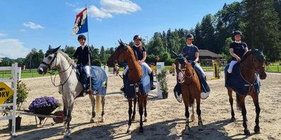 Erfolgreiche Grüninger Reiterinnen