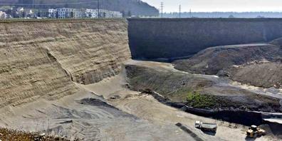 Die SVP fordert mehr Nachhaltigkeit bei den Eschenbacher Kiesabbau- und Deponie-Projekten.