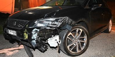 In Goldingen verunfallte am Samstag ein fahrunfähiger Autofahrer.