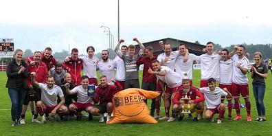 Die glücklichen Sieger des Beerli-Storen-Cups 2021: der FC Montlingen