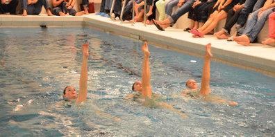 Tanzen im Wasser: Artistic Swimming