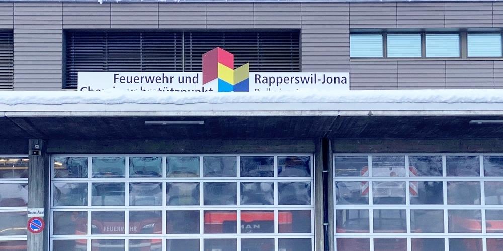 Auf einmal steht die einst stolze Rapperswil-Joner Feuerwehr inmitten mehrerer Rechtsverfahren.