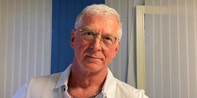 Dr. med. Daniel Holtz, Initiant der «Ärzte mit Blick aufs Ganze», fordert zusammen mit 112 Ärzten vom Bundesrat eine breiter ausgelegte Corona-Strategie und Korrekturen von SWISSMEDIC.