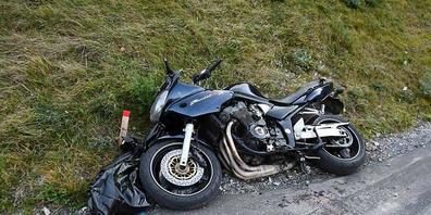 Der Unfall ereignete sich am Samstagnachmittag auf der Malixerstrasse talwärts bei Chur GR.