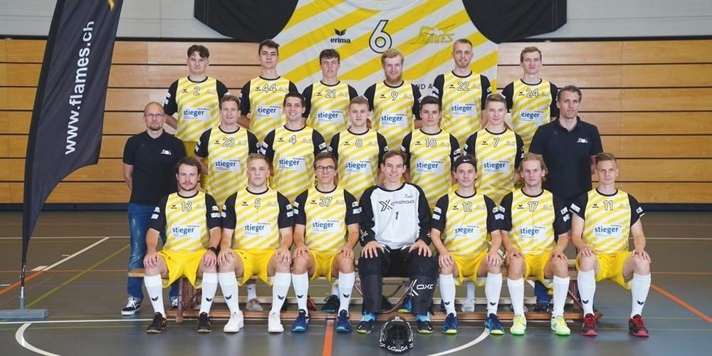 Aktuelles Mannschaftsbild des Herren-Teams 1 der Jona-Uznach Flames.