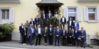 Die Mitglieder der Regierung des Kantons St.Gallen trafen sich mit den Gemeindepräsidentinnen und -präsidenten der Region zum Mittagessen