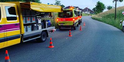 Feuerwehr-Einsatz wegen Motorradunfall in Dürnten.