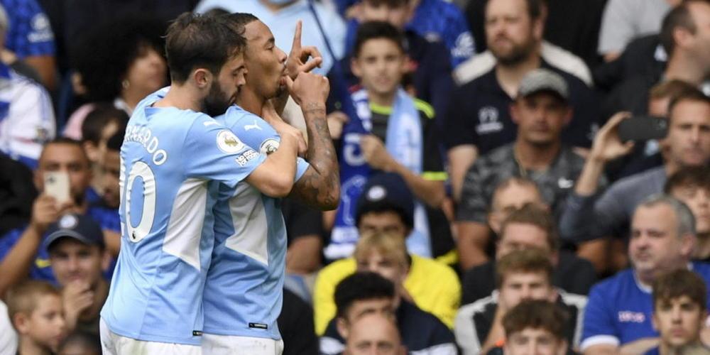 Ein Fingerzeig an die Konkurrenz: Gabriel Jesus nach seinem Siegtor für Manchester City gegen Chelsea