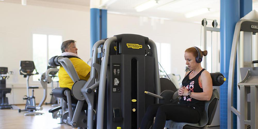 """Im Fitnesscenter """"Benefit"""" im Grand Resort in Bad Ragaz SG darf seit Montag ohne Maske trainiert werden. Statt dessen gilt die Covid-Zertifikatspflicht."""