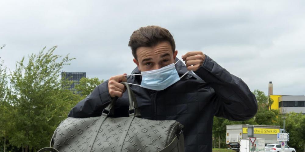 Nur einmal geimpft, aber zweimal erkrankt: Xherdan Shaqiri ist bei Olympique Lyon in Schottland entgegen erster Meldungen dabei