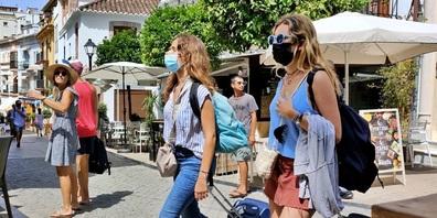 In Spanien ist das Verhalten (vor allem das der Touristen) bezüglich der Maskenpflicht sehr unterschiedlich.