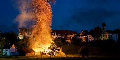 Viele meinten, das Grüninger Stedtli brenne: Scheunenbrand von Ende Mai 2020