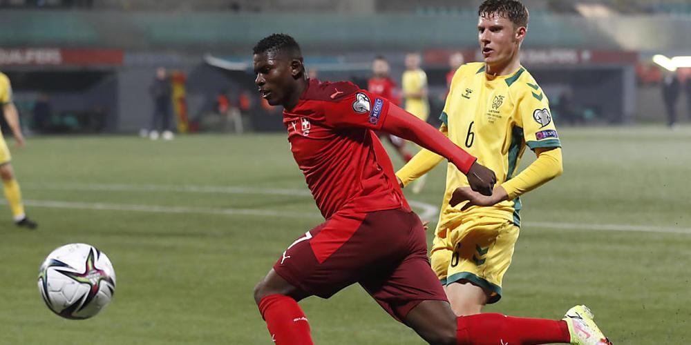 Breel Embolo führte in seinem 50. Länderspiel mit seinen Toren die Schweiz zum Sieg gegen Litauen
