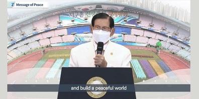 """""""Unser Ziel ist es, Kriege im globalen Dorf zu beenden und Frieden zu schaffen und ihn zu einem dauerhaften Erbe für zukünftige Generationen zu machen"""", sagte der Vorsitzende Man Hee Lee von HWPL bei der Veranstaltung."""