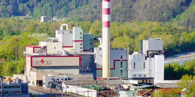 In der Kehrichtverbrennungsanlage Trimmis wird seit 1. Januar nach radioaktiven Abfällen «gefahndet». (Foto: M. Schnell)