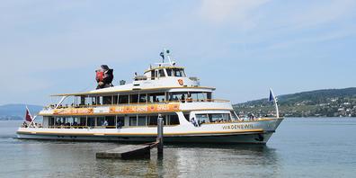 Der Schiffsverkehr auf dem Zürichsee wird reduziert wegen dem Hochwasser.