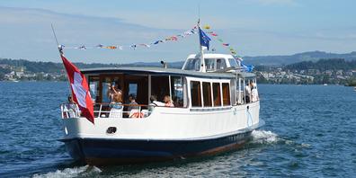 Fährt ab kommendem Montag, 26. Juli, wieder für zwei Wochen über den Obersee: die Oberseefähre.