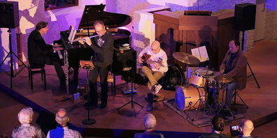 «Erich Tiefenthaler´s Flute Jazz Four» an ihrem Bernecker Konzert, von links Peter Madsen, Erich Tiefenthaler,  Dietmar Kirchner und Patrick Menzechhi