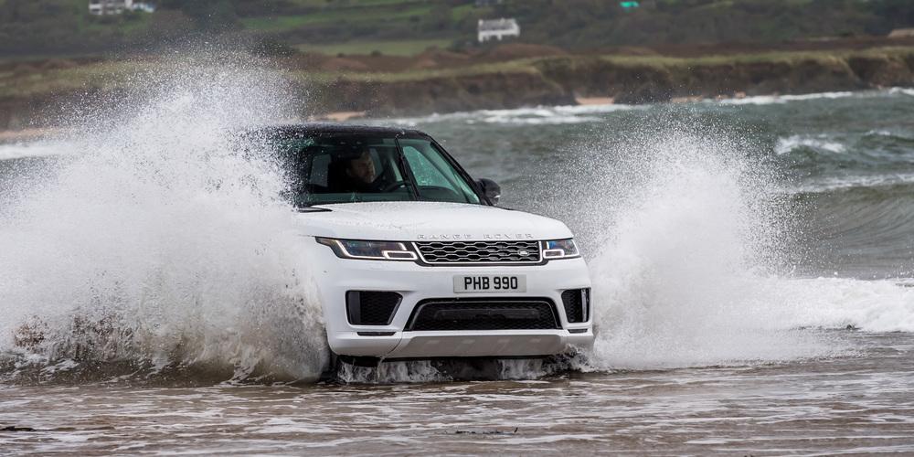 Der Range Rover Sport ist schon von seiner Erscheinung ein Statement für sich (Bilder: Ulrike Huber, zVg)