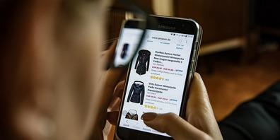 Rund 40 Prozent der Konsumenten bestellen online ihre Waren.