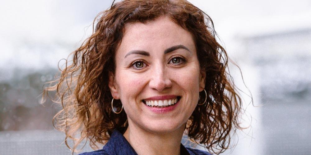 2008 schloss Zimmerli ihre Weiterbildung mit dem CAS in Medienpädagogik ab und im März 2020 begann sie mit der Schulleiterausbildung, welche sie im kommenden Herbst abschliessen wird.
