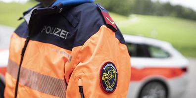 Neben der Kantonspolizei stand bei dem Unfall für die Spurensicherung auch das Forensische Institut Zürich im Einsatz. (Archivbild)