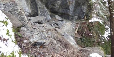 Zuletzt hatte es im Dezember zwei Felsabbrüche im Tobel gegeben. Der untere Teil bleibt gesperrt.