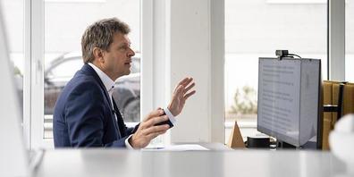 Jürg Grossen, Präsident der Grünliberalen Schweiz, sieht seine Partei zur Mitte der Legislatur auf einer Erfolgswelle. (Archivbild)