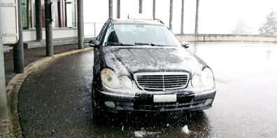 Nach 603'000 Kilometer auf dem Tacho und manchen Fahrten durch Schneegestöber war der Abschied vom Mercedes schwer.