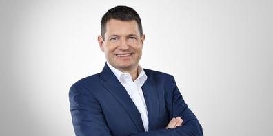 Dr.  Jörn Lützen.
