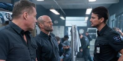 Männer und ihre Spitznamen: Bullet (Holt McCallany, links), H (Jason Statham, Mitte) und Boy Sweat Dave (Josh Hartnett, rechts).